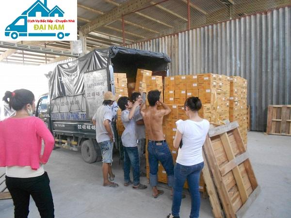 Dịch vụ bốc xếp hàng hóa trọn gói nhanh chóng giá rẻ